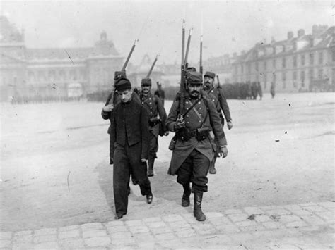 A History of the First World War in 100 Moments: The
