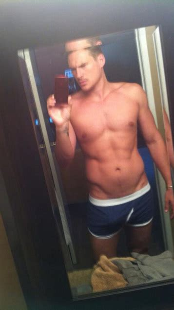 Lee Ryan's Special Thank You to Twitter Followers