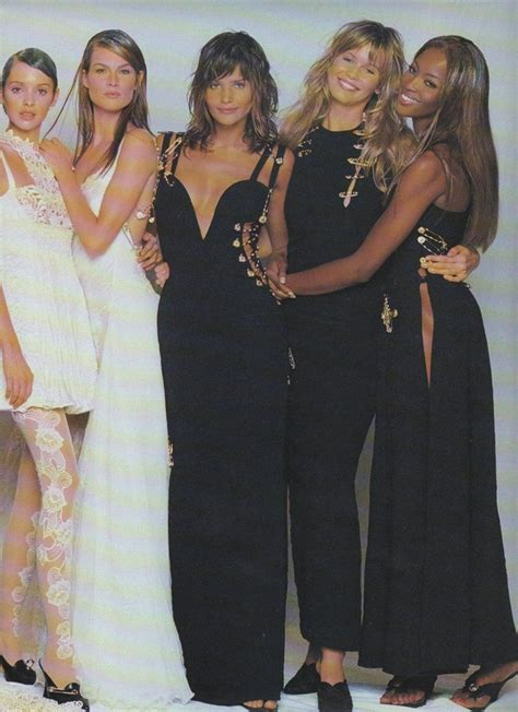Pin by Mary Tsermou on Gianni versace | Supermodels