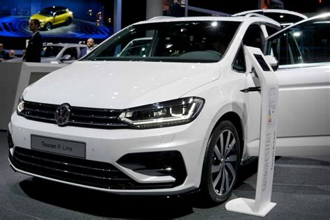 Volkswagen Touran Highline Edition /Navi/Climatronic/Rear