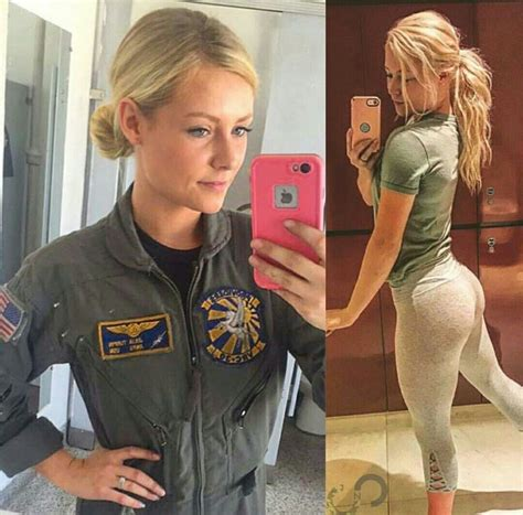 Pin by ☠️Fuzzy☠️ on Girls in Uniform & Out | Army women