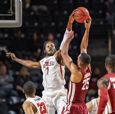 Seattle U men's basketball 'definitely ready' for big