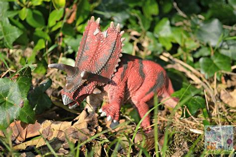 Schleich Dinosaurs {Review}   Boo Roo and Tigger Too