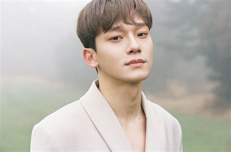 EXO Chen's Solo Debut 'April and a Flower' Goes Top 10 on